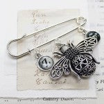 Personalised queen bee kilt pin brooch