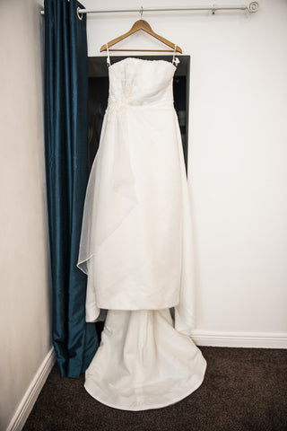 Ellis Bridal ivory bridal dress with embroidered detail