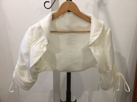 Ivory satin bolero with collar