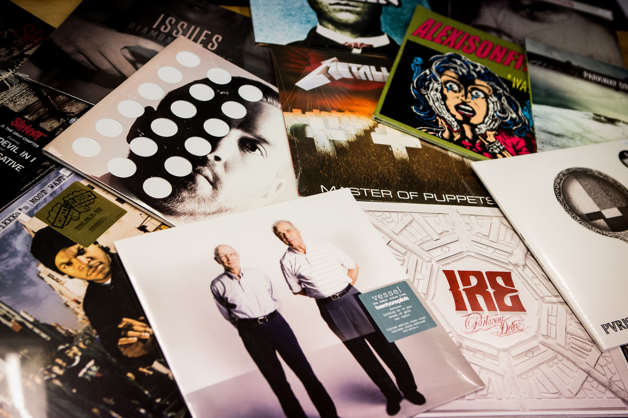 3 FUN FACTS ABOUT YOUR FAVOURITE VINYL