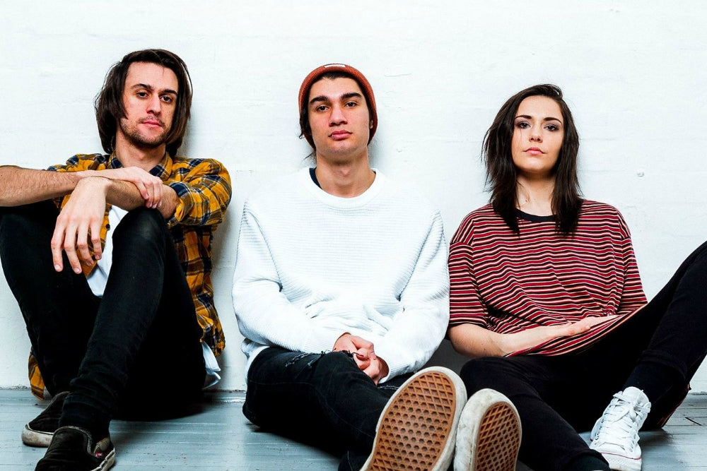 STAND ATLANTIC ANNOUNCE DEBUT ALBUM 'SKINNY DIPPING'