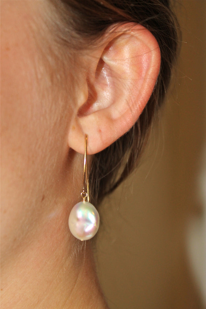 White Gold Coin Pearl Earring