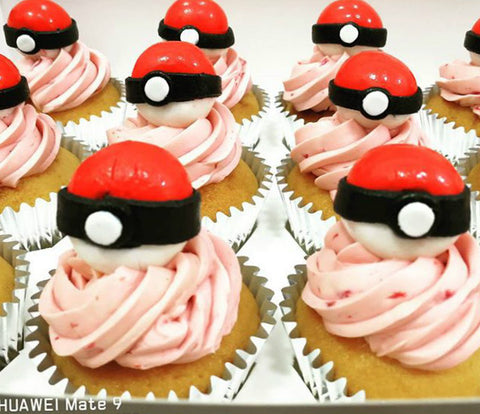 pokemon pokeball master trainer red white cupcakes