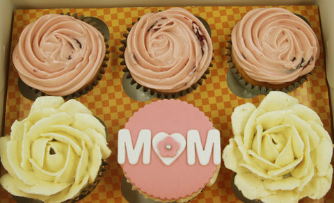 rose berries vanilla cupcakes mother's day