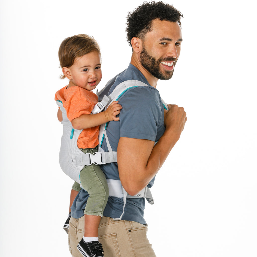 Flip™ 4-in-1 Light & Airy Convertible Carrier