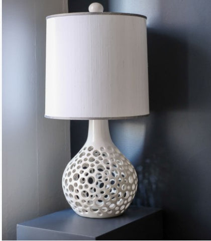 Teardrop Lacey Lamp in White