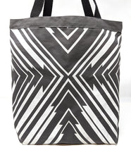 PKW Arrow Tote