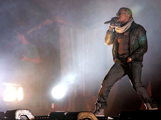 KD Smart Chair is giving a free chair to Kanye West's ashamed concert fan