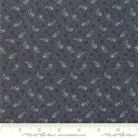 Moda Indigo Gatherings 1290 21 American Petite Paisley By The Yard