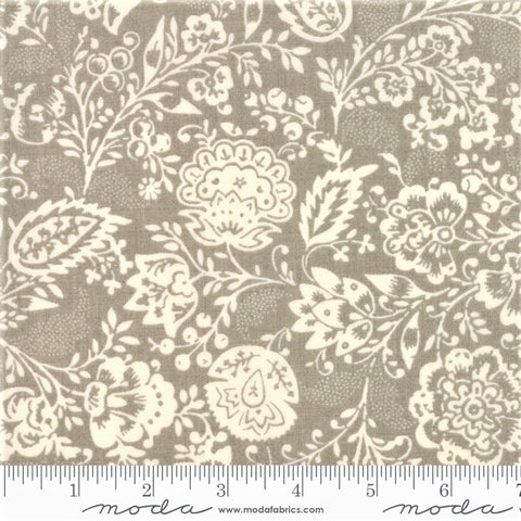 Moda French General Chafarcani 13850 18 Roche Fleurs Et Feuilles By The Yard