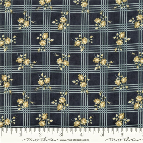 Moda Minick & Simpson Northport Prints 14882 17 Navy Tan Rose Plaid By The Yard