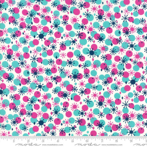 Moda Fabrics Beach Road 18133 18 Atomic Floral Fluffy White By The Yard