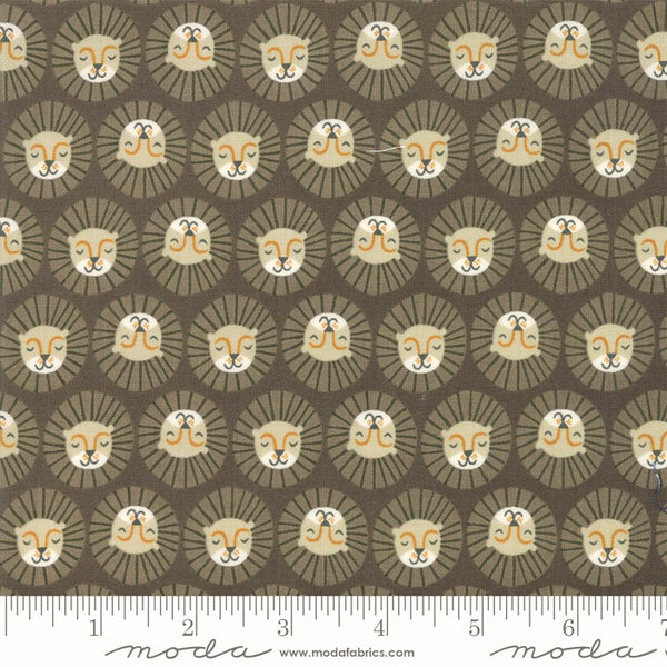 Moda Safari Life 20646 14 Grey The Lions Head By The Yard