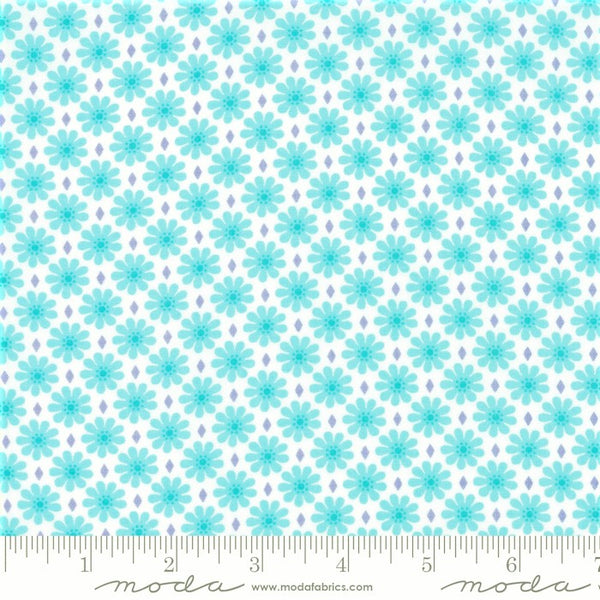 Moda Good Day 22375 21 Aqua Diamond Daisy By The Yard