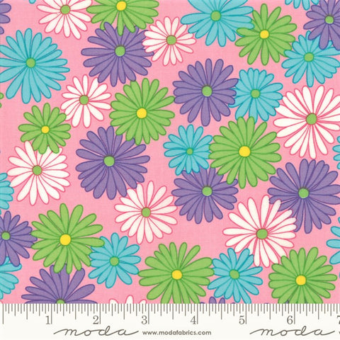 Moda Fiddle Dee Dee 22380 14 Pink Bursting Out By The Yard
