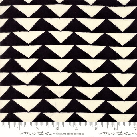 Moda Thicket 48201 12 Triangles Black/Natural By The Yard