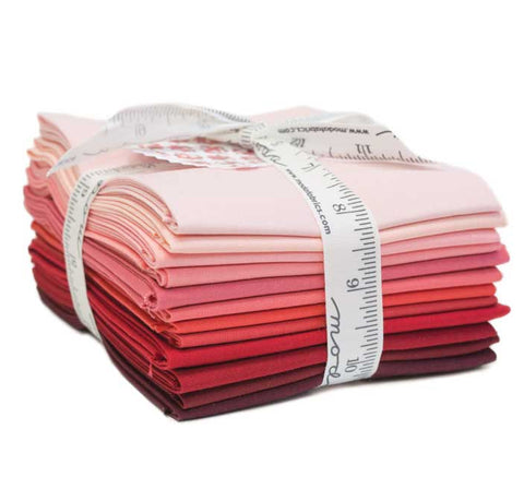 Moda Pre-Cuts 12 Fat Quarter Bundle AB122 - Pattern Included - Bella Solids Red