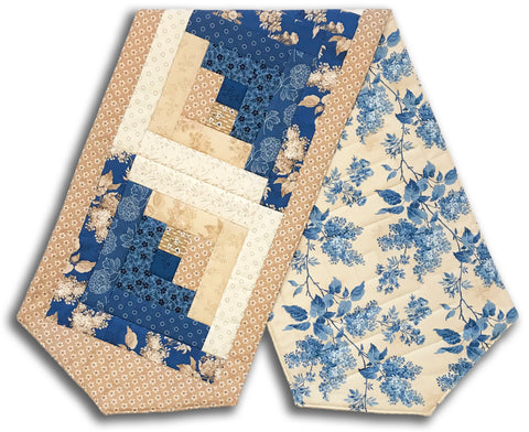 Andover Pre-Cut Log Cabin Table Runner Kit - Blue Sky