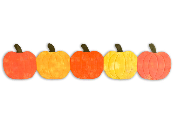 Fall Pre-cut Pumpkin Shaped Table Runner Kit - Pumpkins!