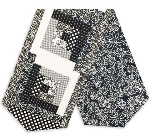 Robert Kaufman Pre-Cut Log Cabin Table Runner Kit - Salt & Pepper