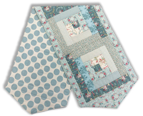 Tilda Pre-Cut Log Cabin Table Runner Kit - Tilda Blue