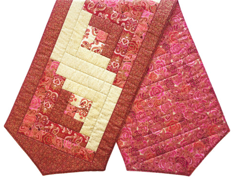 Log Cabin Pre-cut Table Runner Kit - Valentine's Day