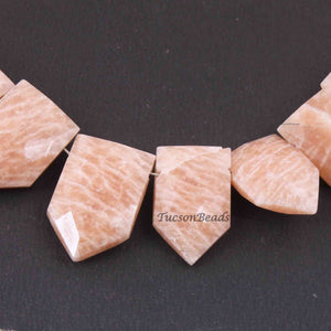 1  Strand Peach Moonstone Faceted Briolettes  -Pentagon Shape  Briolettes  13mmx10mm-21mmx13mm 10  Inches BR3157 - Tucson Beads