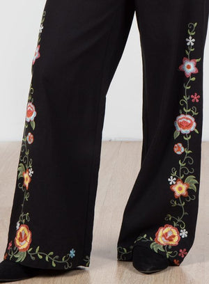 Floral Embroidered Wide Legged Pant