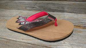 Ladies Lotus Flat Bed Sandal in Fushia