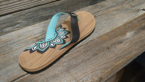 Ladies Lotus Flat Bed Sandal in Mint
