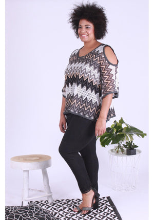 One Size 3/4 Sleeve Cold Shoulder Poncho Plus Size In Black & Tan