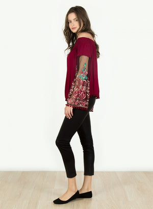 Off Shoulder Embroider Sleeve Top