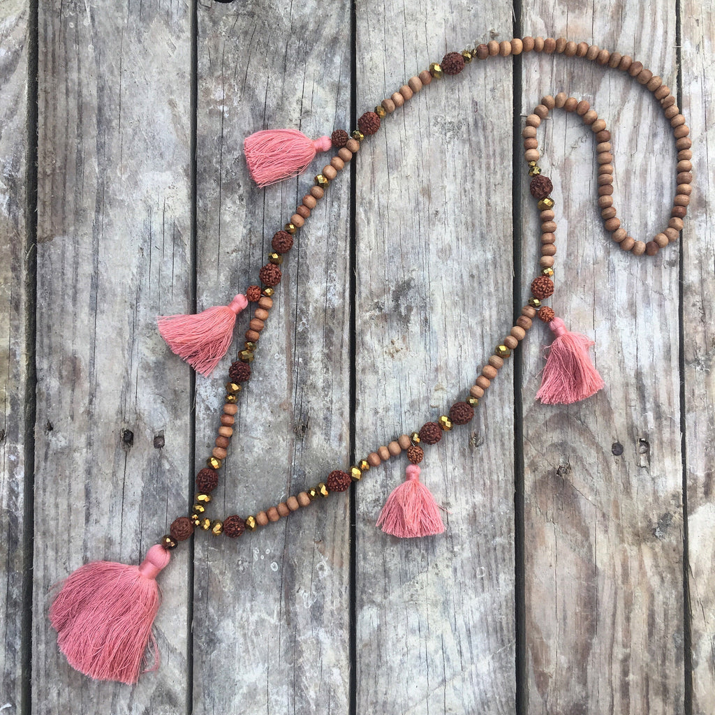 Love Buzz Handmade Chunky Tassel Necklace