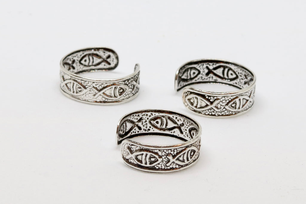 Pisces Island Silver Toe Ring