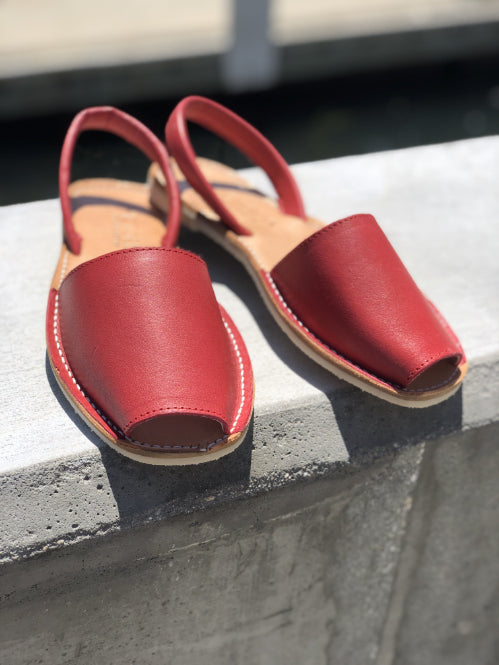 DULCE VITA RED SANDALS