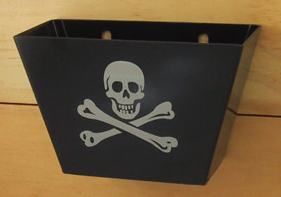 Black Pirate Skull and Bones Cap Catcher- Metal