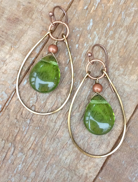 Green teardrop hoop earrings, green glass earrings with copper accents