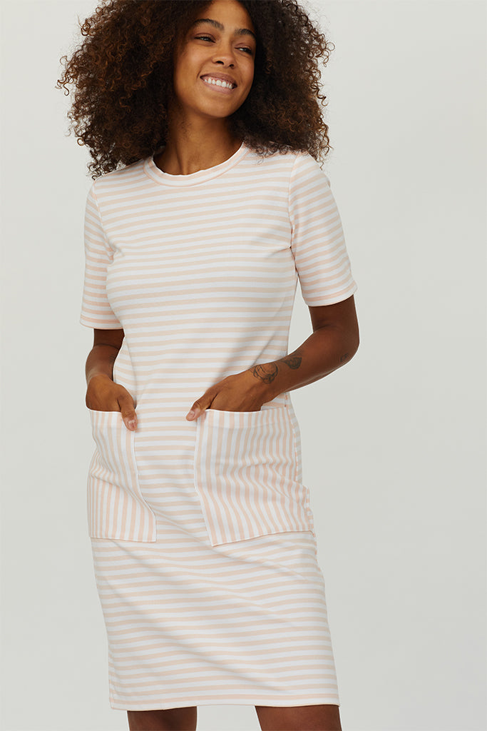 Ivy - Short Sleeve Dress w/ Large Pockets