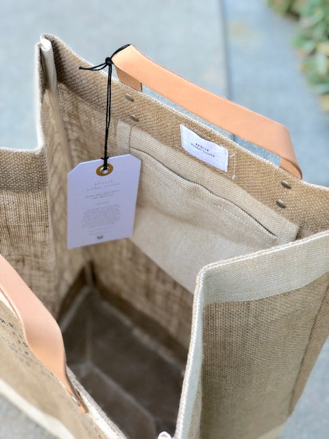 D ・ Apolis Market Bag - 'NEWPORT BEACH IS ALWAYS A GOOD IDEA'