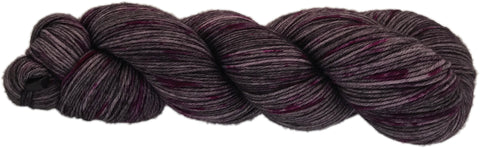 PRIMO 4ply C-31  Darkest grey/pink speckles