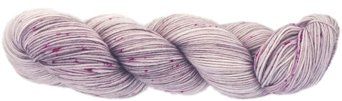 PRIMO 4ply C-35  Lightest grey/pink speckles