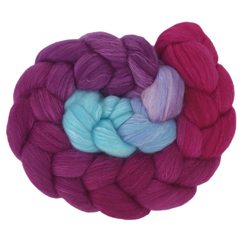 Fine Merino and Silk Sliver - Frozen Berries Gradient