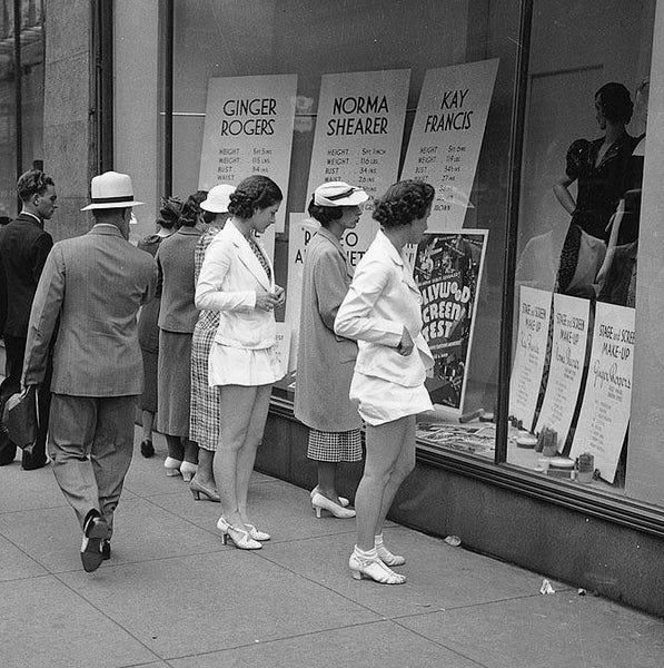 A group of women window shopping in Toronto, Canada in 1937