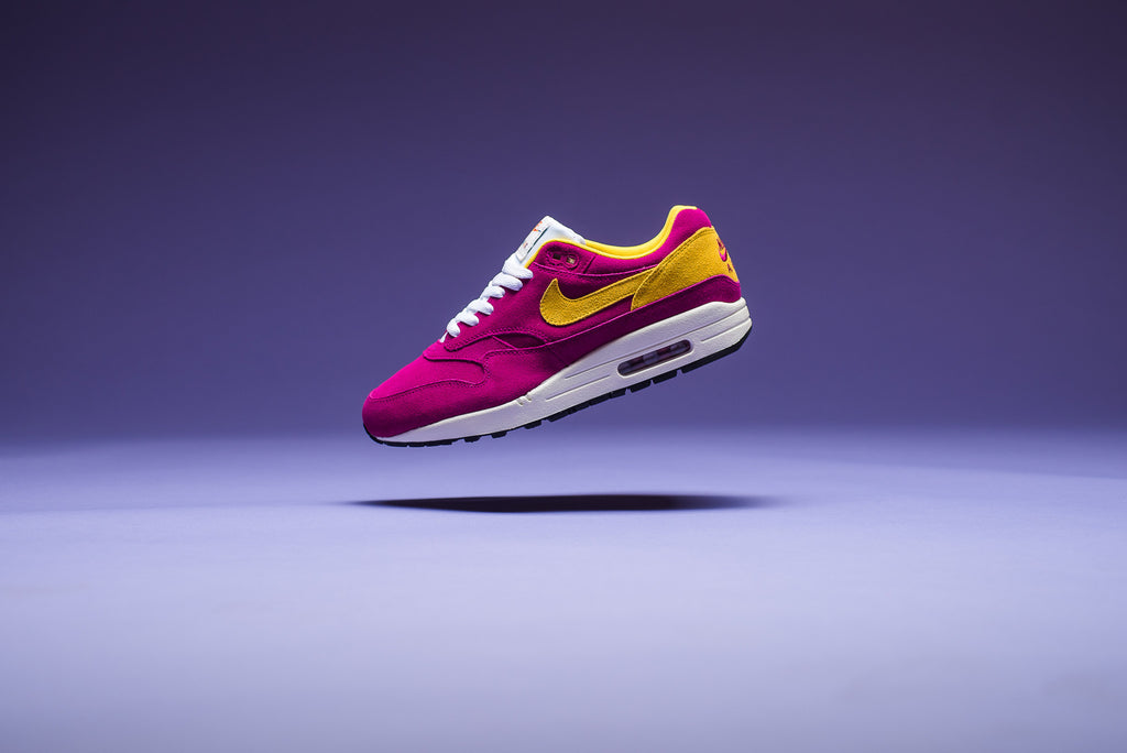 "Air Max 1 premuim suede ""Dynamic Berry"" drops"