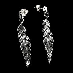 EARRING - LEAF AND SKULL