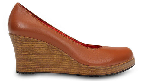 Crocs Aleigh Closed Toe Wedge Cinnamon Walnut