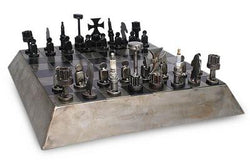 Battle On The Pyramid Chess Set