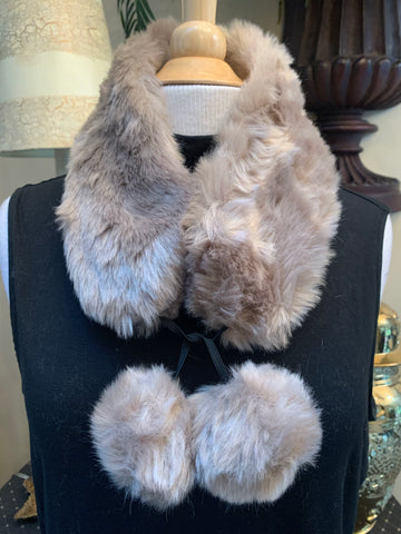 Brown Faux Fur Scarf Collar