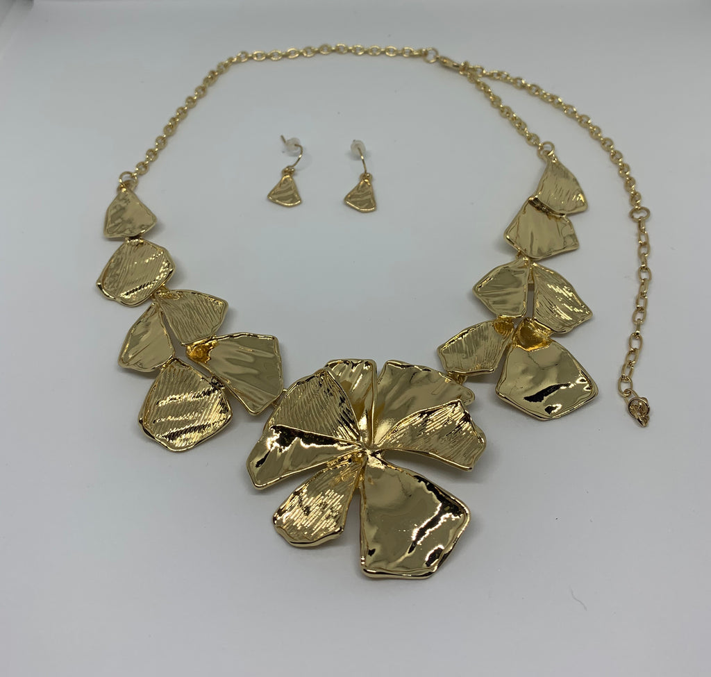 Flower & Leaf  Necklace/Earring Set