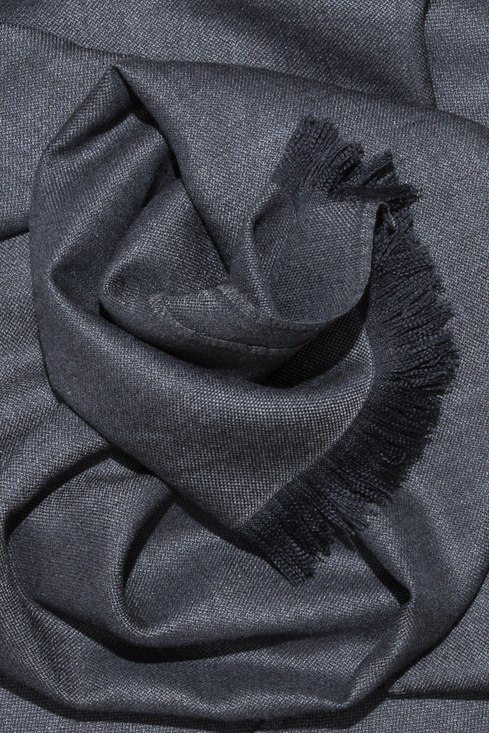 woven shawl scarf - solid with border (anthracite)